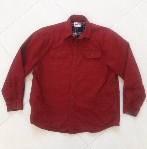 Wrangler Other - Wrangler Men Lined Red shirt Size Large